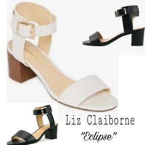 LIZ CLAIBORNE  Eclipse WHITE patent ankle strap9.5